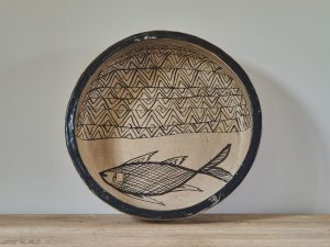 Ethnic plate fish XL