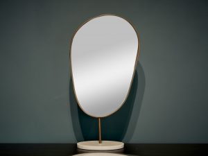 Mirror Brong on Marble foot glm