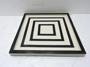Tray Square Black/White