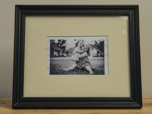Photo frame Black mangowood