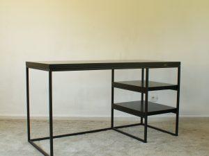 Desk – Nanou Black veneer Oak