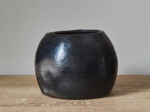 Black Potterie BOWL H22