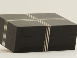 BOX – RECTANGULAR BLACK CROSS