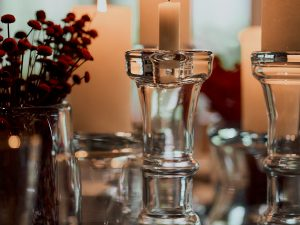 Candle holder glass medial
