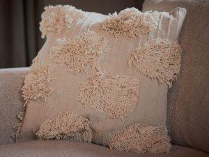 Cushion – Shaggy cream