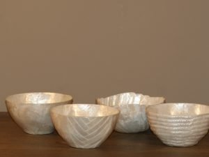 SET OF 4 DIFFERENT APERO BOWLS SHELL NATURAL